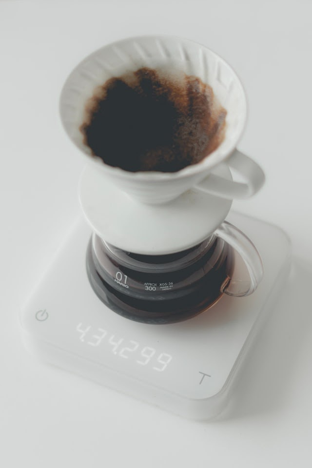 Hario v60 on scale